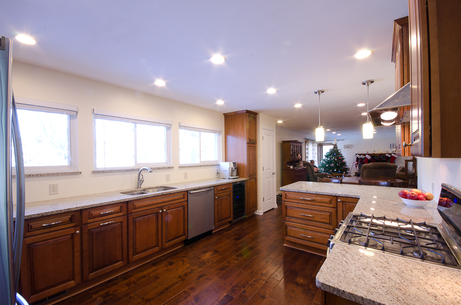 Vata kitchen design and remodel in farmington hills mi for Kitchen remodel open to dining room