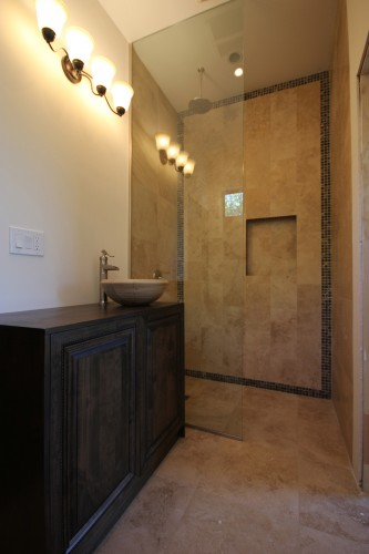 casita-shower-2-333x500