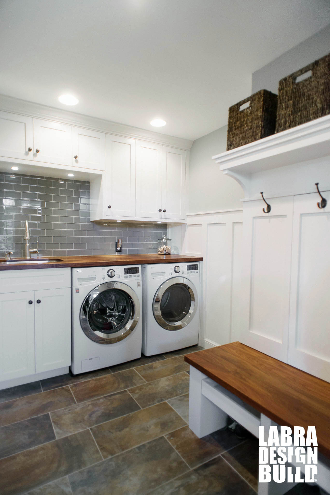 Terrific laundry and mud room designs photos simple Laundry room blueprints