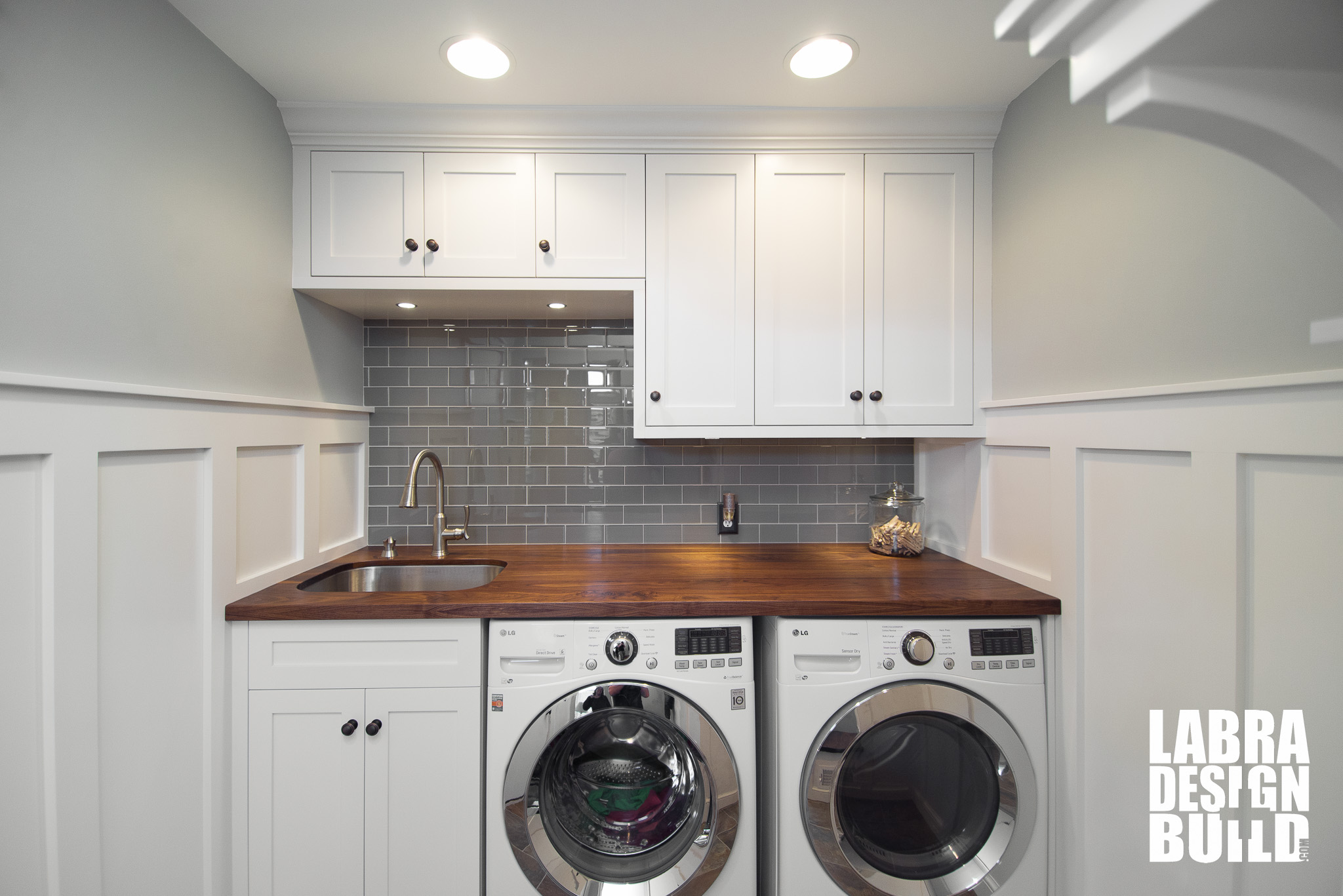laundry room mudroom renovation novi mi labra design build